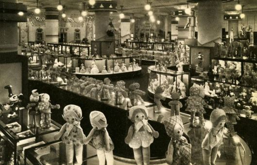 Field's Toy Department, 1930s